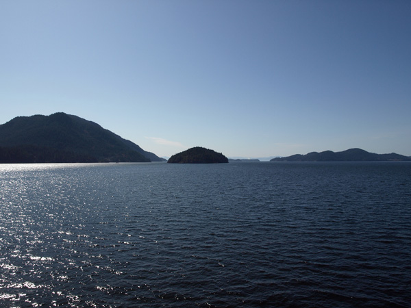 The Gulf Islands from the ferry 3
