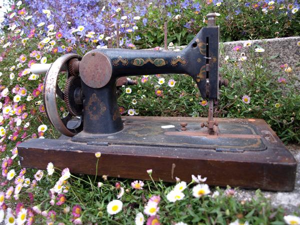 sewing machine Perfex B before 4