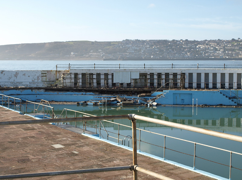 Penzance Jubilee Pool damage © Freya Laughton
